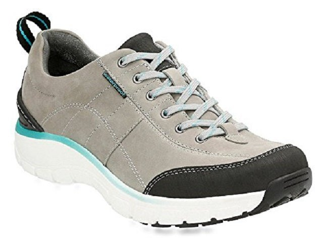 Clarks Wave Trek Sneaker - Best shoes for standing all day for women