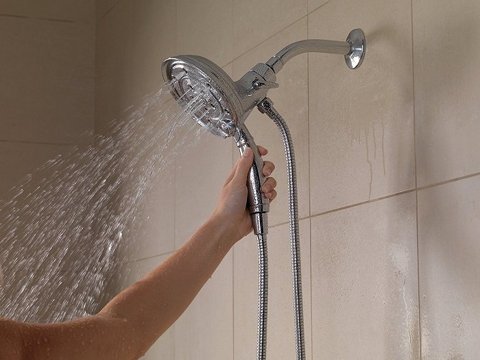 Delta Faucet 58471-PK H2O Kinetic Technology In2ition 4-Setting Two-in-One Hand shower Head